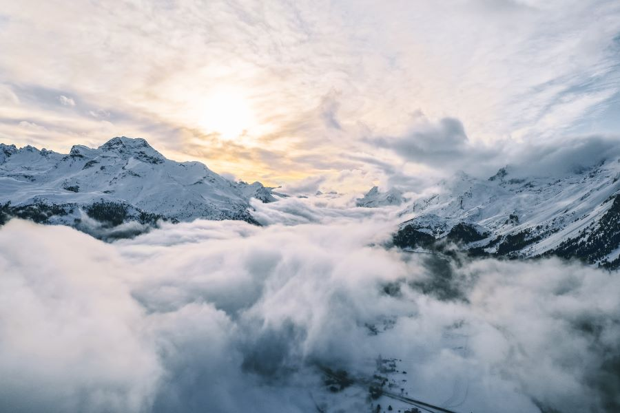 haase-valentin-mountainsclouds