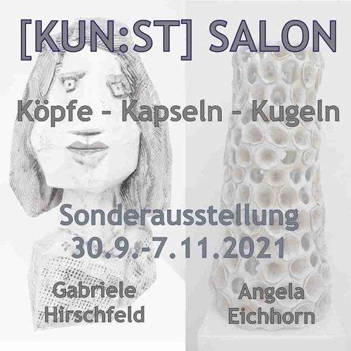 """Köpfe - Kapseln - Kugeln ist das Thema von Angela Eichhorn und Gabriele Hirschfeld. Die beiden Künstlerinnen befassen sich seit vielen Jahren mit der Aufbaukeramik, haben mehrere gemeinsame Workshops besucht und ihre Arbeiten zusammen in Ausstellungen präsentiert. Trotz des parallelen Weges hat jede ihre eigene """"künstlerische Handschrift"""" entwickelt."""